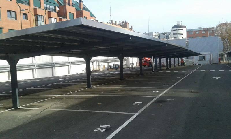techado metalico para parking de coches para la fabrica de bosch en madrid